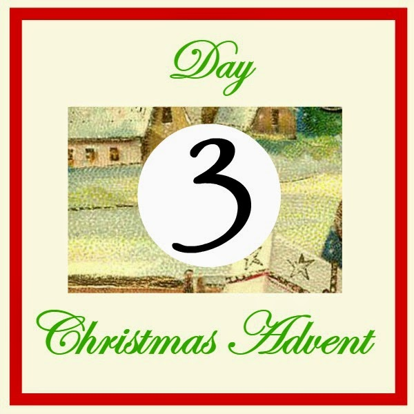 It's Day 3 of our Blogger Online Christmas Advent, and that means ME!  Welcome to all our new friends that are hopping around enjoying the daily posts.  Today, we are doing something a little different.  Today we are crafting with candy!