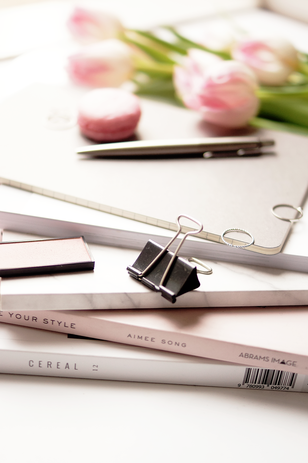 barely-there-beauty-blog-lifestyle-photography-flatlay-everyday-happiness-tips