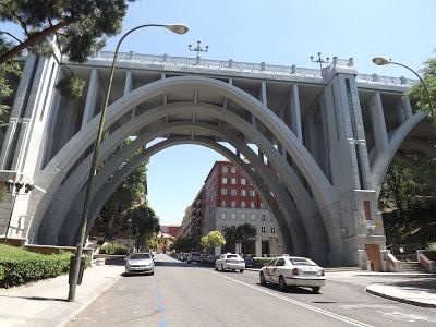 ¿Conoces qué hay detrás del Viaducto de Segovia? Por Kaiser Solano de Alpargata Viajera. TURISMO ESPAÑA.