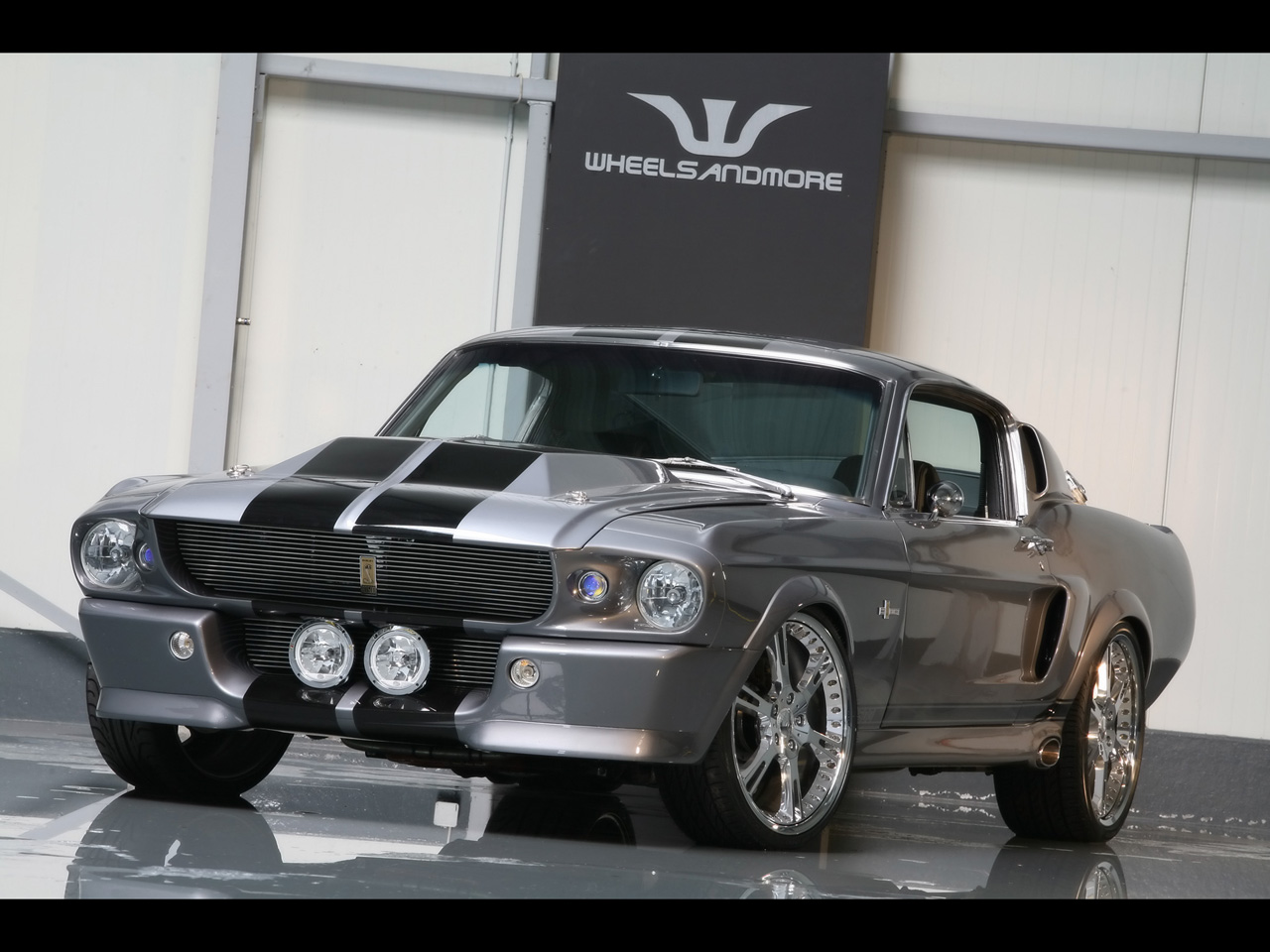 gt500 eleanor world of cars. Black Bedroom Furniture Sets. Home Design Ideas