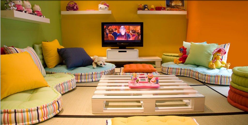 Sala De Tv Com Futon Vamos Conferir Alguns Ambientes Decorados Futons