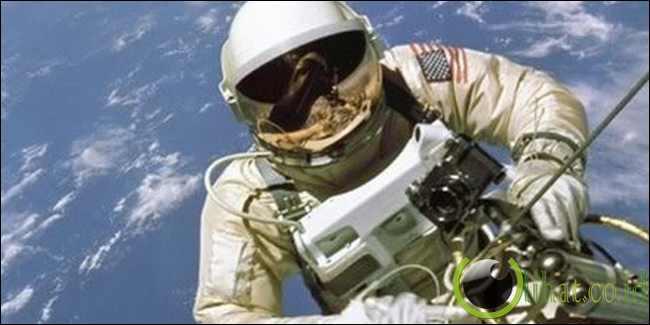 Ketika tubuh dipaparkan dengan kehampaan ruang angkasa, tubuh manusia meledak