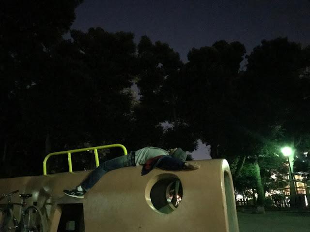 オリオン座流星群を見に行った時の写真です。