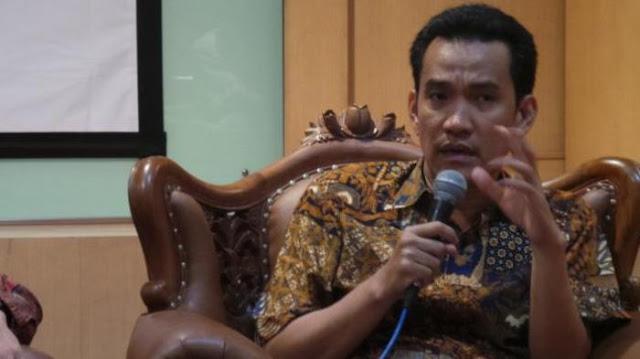Refly Harun: Jadi Gubernur Itu Berdarah-darah. Masa Digantikan 4-6 Bulan Oleh Pejabat yg Tidak Dapat Mandat Dari rakyat?