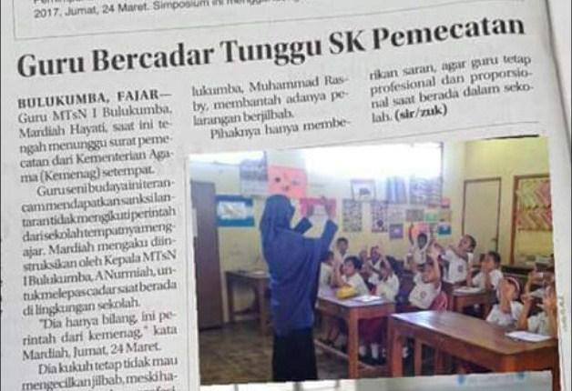 Guru bercadar di Bulukumba terancam dipecat