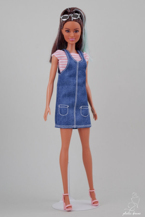 overall awesome fashionistas barbie doll