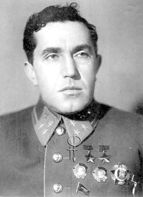 Yakov Smushkevich, died 28 October 1941 worldwartwo.filminspector.com