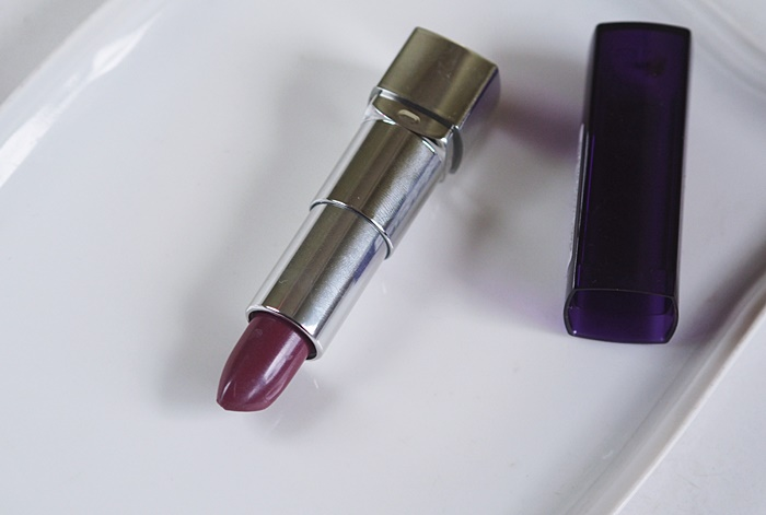 fioletowa szminka, bordowa szminka