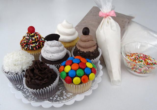 http://blog.dollhousebakeshoppe.com/2011/09/frostings-fillings.html
