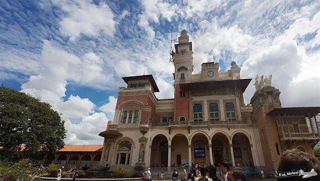 FIla Museu Catavento