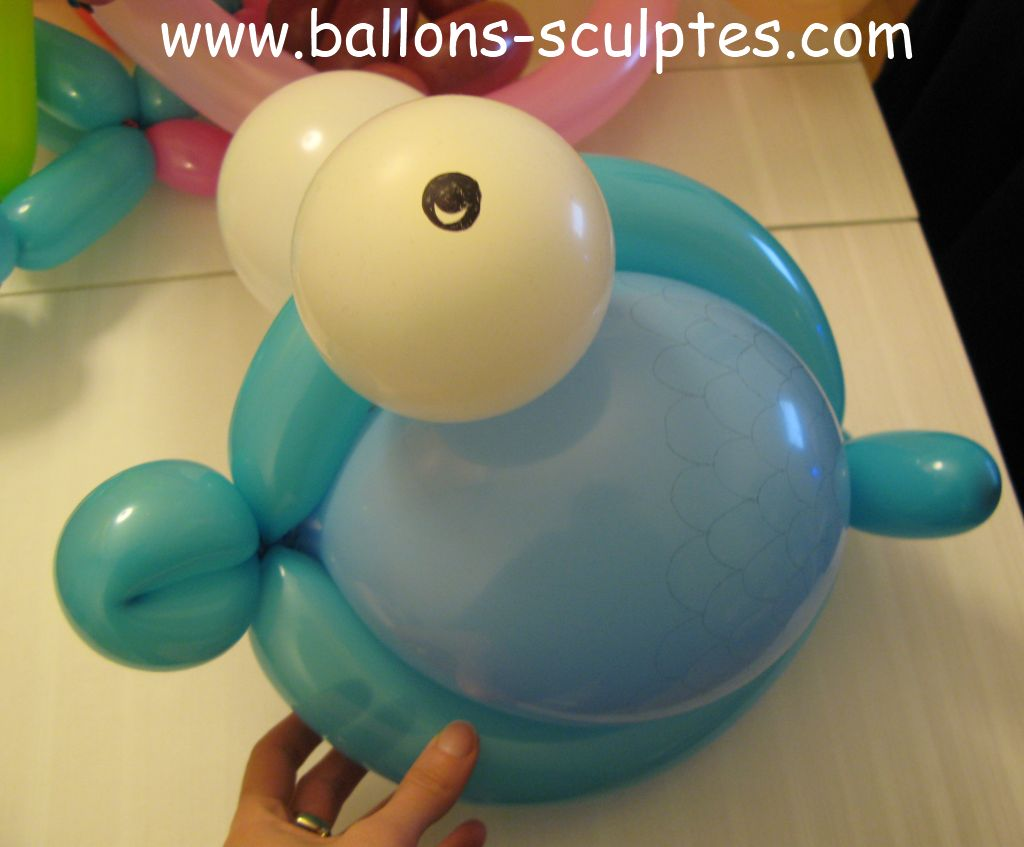 ballons sculpt s poisson en ballons. Black Bedroom Furniture Sets. Home Design Ideas