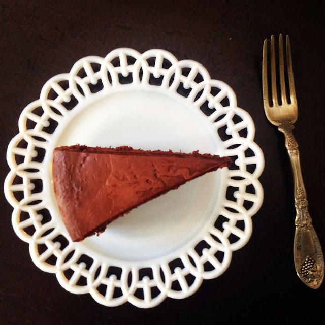 Foodrefuge Amanda Hesser S Chocolate Dump It Cake