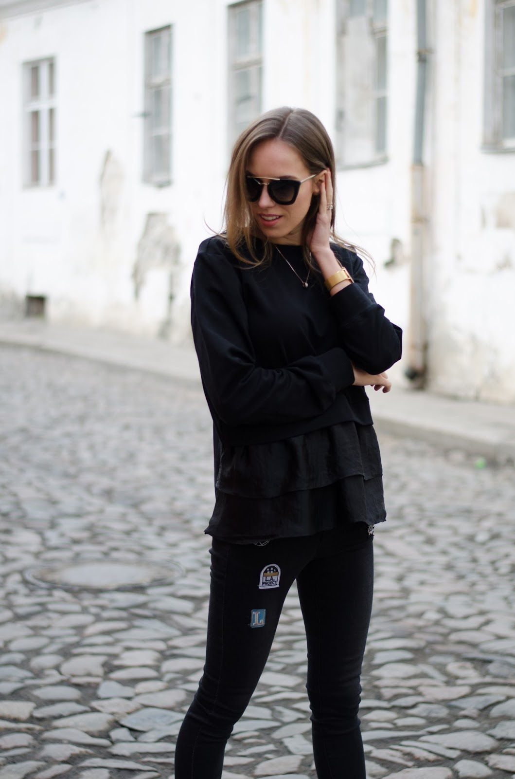 kristjaana mere all black spring minimalist fashion outfit