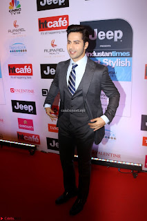 Red Carpet of Most Stylish Awards 2017 ~ Varoon Dhawan (1).JPG