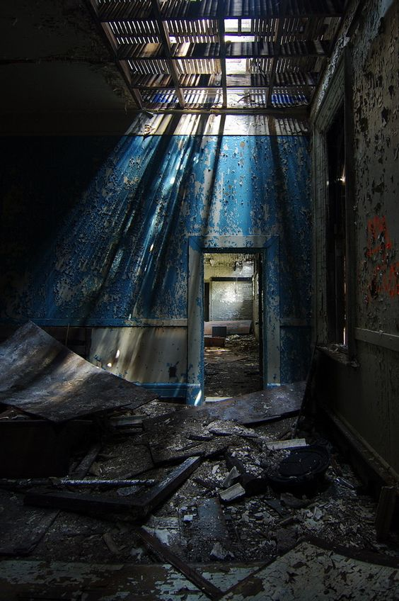 Creepy Or Cool Beauty In Abandoned Buildings South