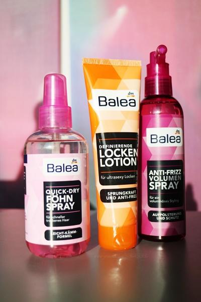 www.josieslittlewonderland.de - Haarprofis von Balea - quick dry föhnspray, definierende lockenlotion, anti frizz volumen spray, haarneuheiten von balea, pflege, hair, beauty, dm, dm marken insider, sponsored post