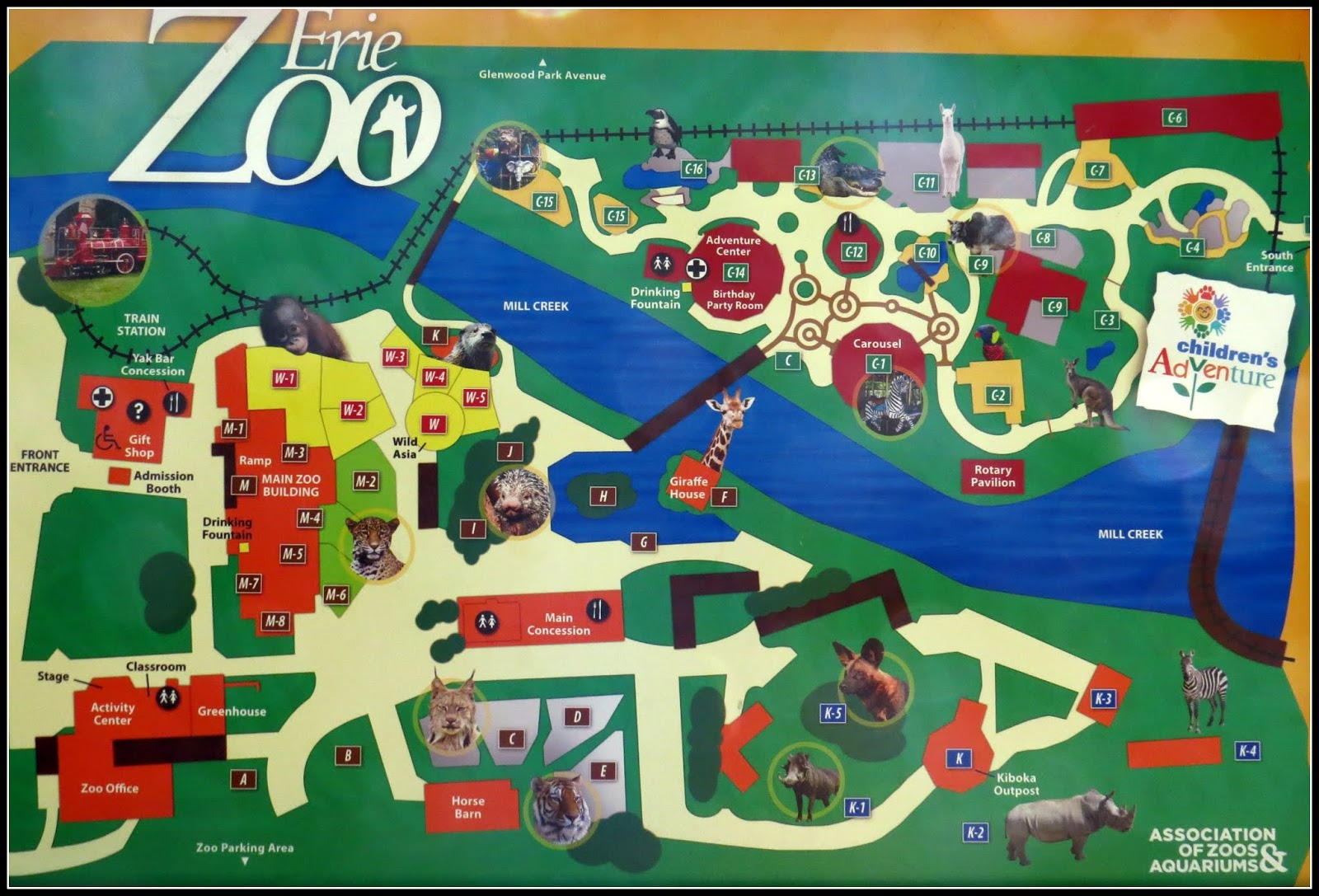 since we needed a bit of fun we headed to the erie zoo which is located on 15 acres within the city it was a fairly warm day when we visited and many