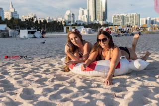 [January ] Claudia Romani and Melissa Lori    huge  in bikini beach in miami ~ Celebs.in Exclusive