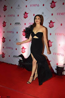 Kriti Sanon at Femina Beauty Awards 2017 001.jpg