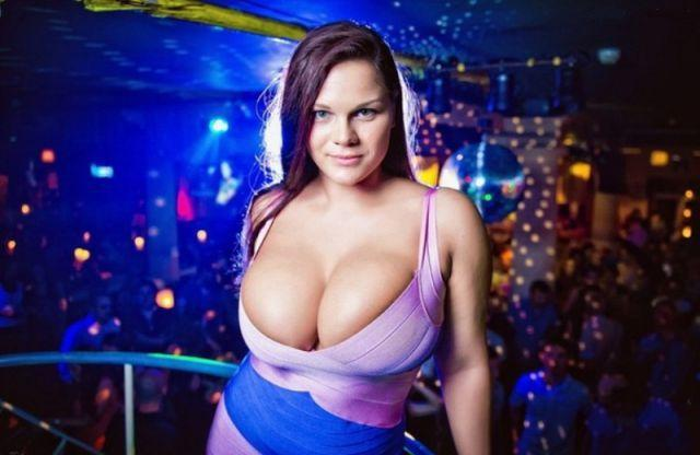 7 Women With The Biggest Breasts In The World
