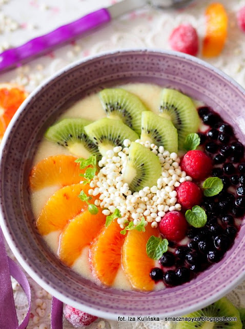koktajl owocowy, miseczka pelna witamin, miseczka owocowa, smoothie owocowy, owoce, sniadanie owocowe, sniadanie mistrzow, witaminy, samo zdrowie, sniadanie fit, zdrowe odzywianie