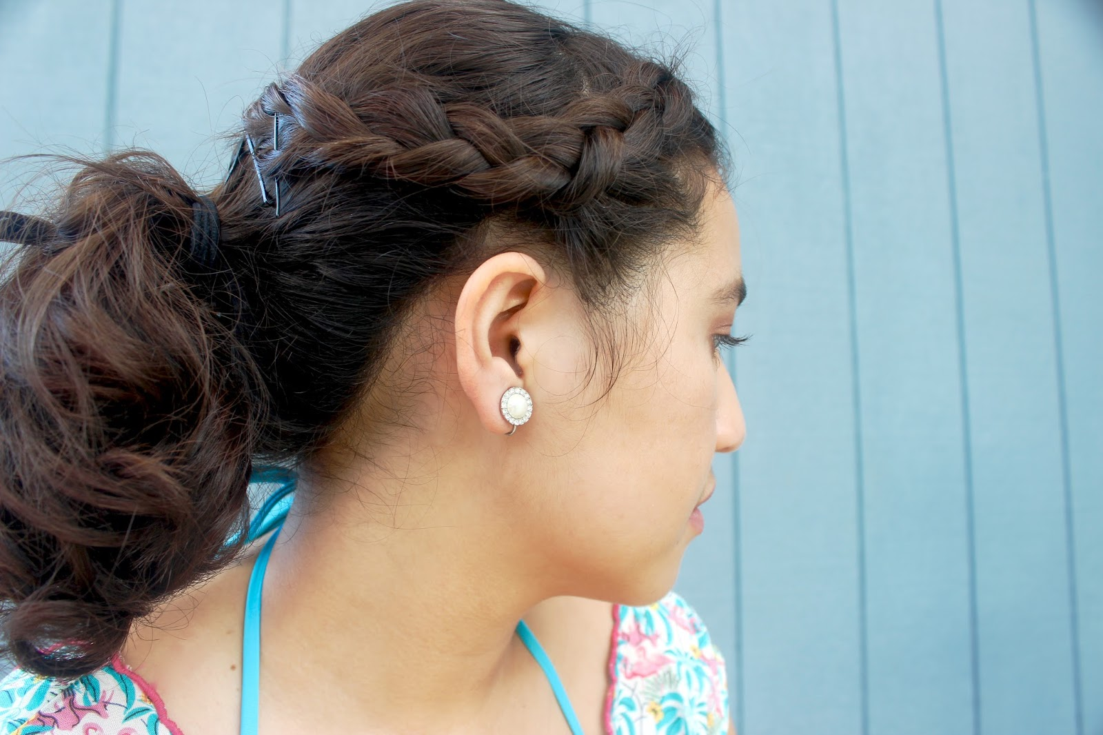 diffrent hair styles for this is noelle a braided updo for medium length hair 6817