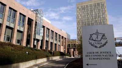 محكمة العدل الأوروبية تجيز حظر الرموز الدينية في أماكن العمل