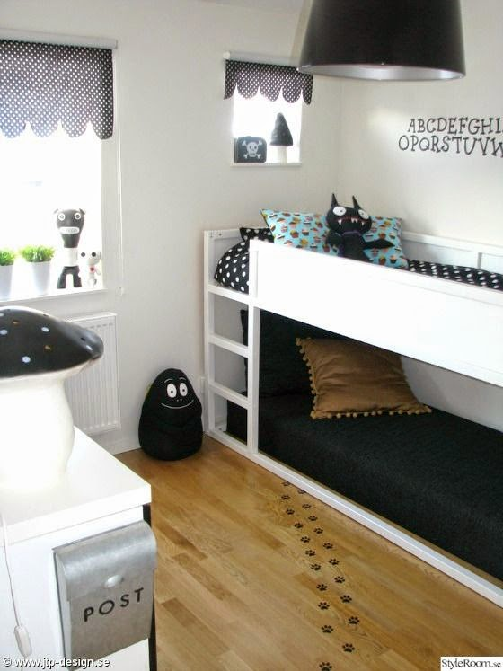 loulou gatou 15 fa ons de customiser votre lit kura de ikea. Black Bedroom Furniture Sets. Home Design Ideas