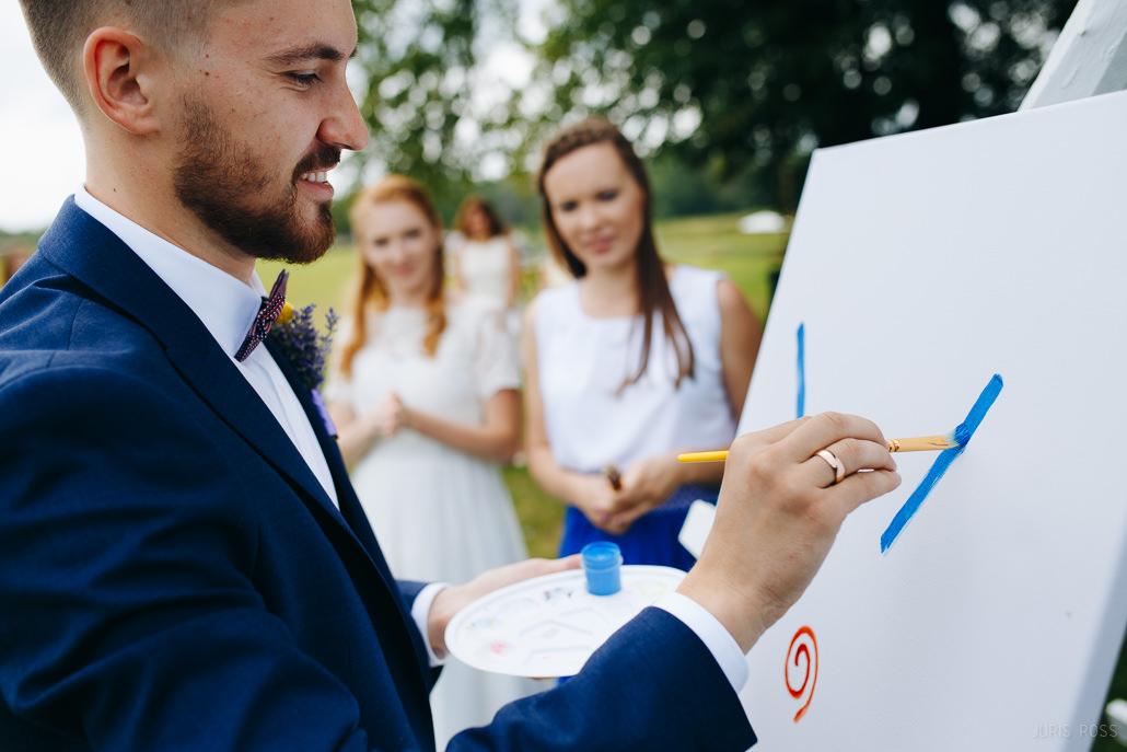 idejas viesu izklaidēm kāzu dienā