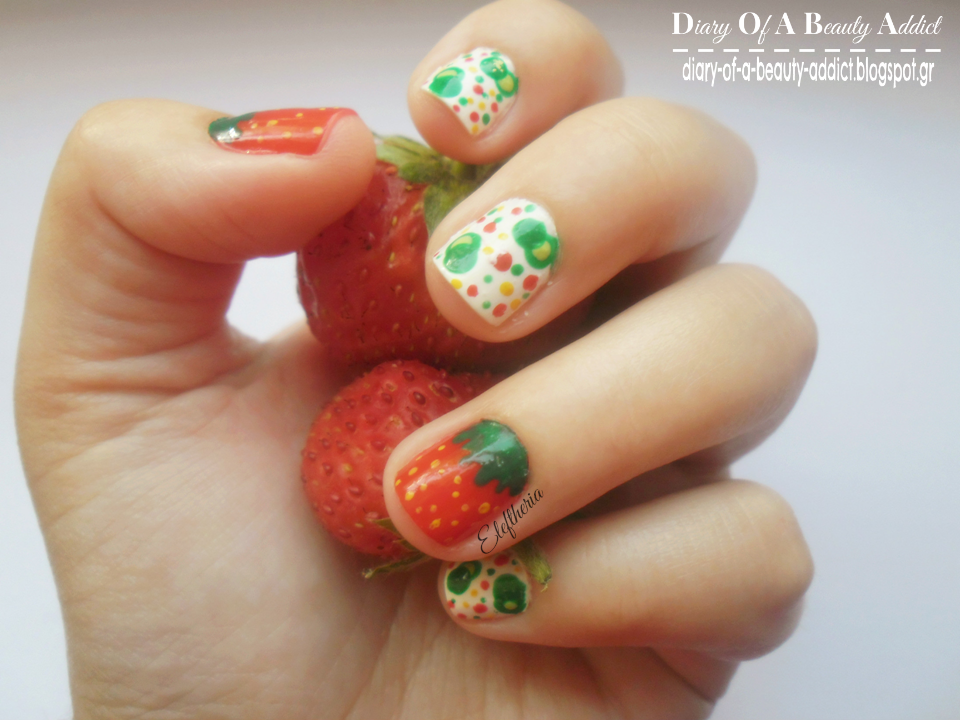 Strawberry & Bubbles Nails ▎Simply Nails