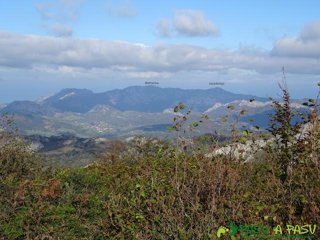 Vista del Mofrechu desde la Peña Sienra