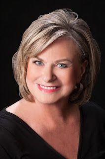 Headshot for author Rosanne Liesveld.