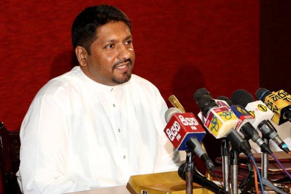 தற்கொலை தாக்குதலால் பலியானோர் 321 , வைத்தியசாலையில்  375 பேர்