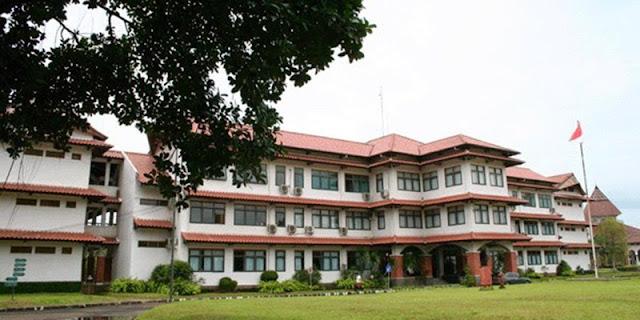 SMA Boarding School Terbaik Dwiwarna