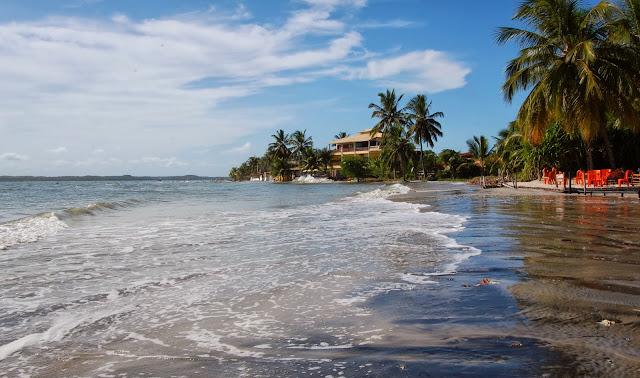 Praia de Cacha Prego; Itaparica, Bahia, Brazilia
