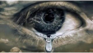 Όταν μια μάνα κλαίει, λυγίζουν ακόμη και οι πέτρες
