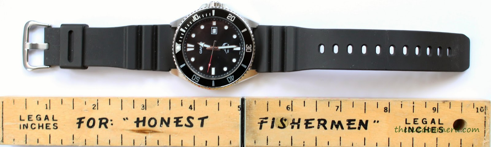 Casio MDV106-1A Diver's Watch: Next To Ruler