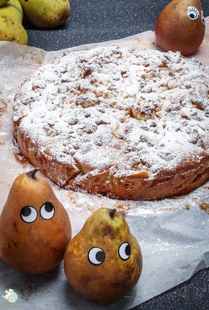 Birnen-Marzipan-Kuchen mit Streuseln