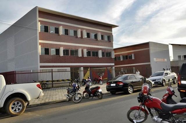 Formosa: Prefeitura inaugura escola modelo para 400 crianças