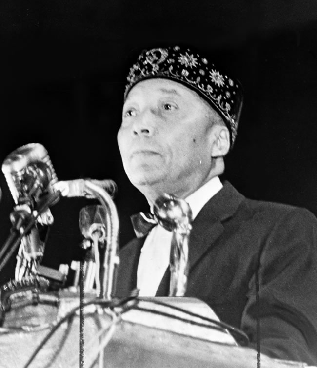 Elijah Muhammad was the most of import early on leader of  Elijah Muhammad