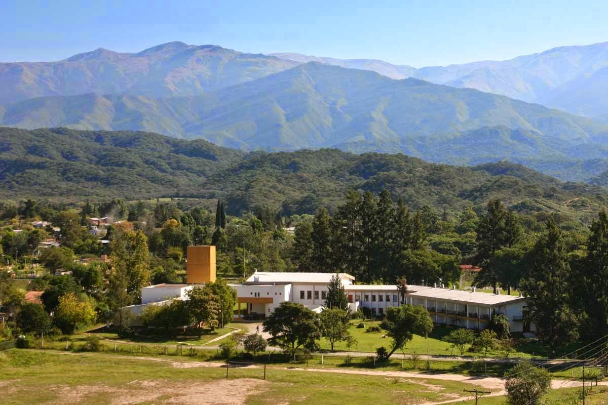 Tucum N Valle De Choromoros Tafi Travel Agencia De