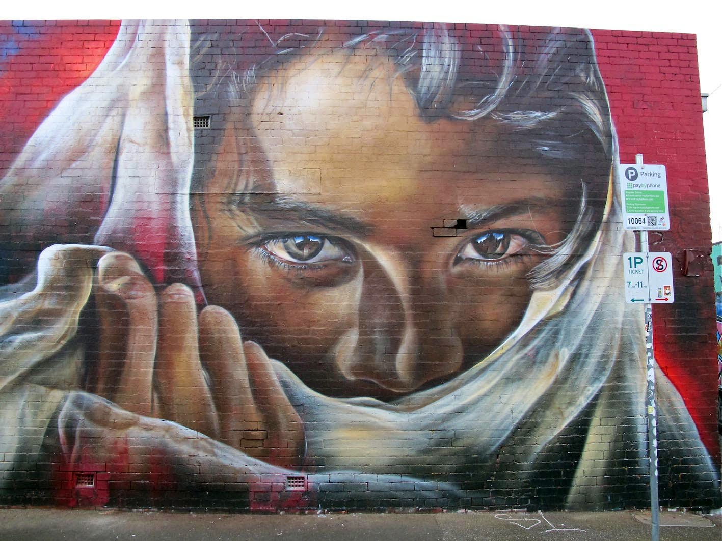 While you discovered their first collaboration a few days ago, Adnate, Smug and Sofles are back at it with this brand new piece on the streets of Melbourne, Australia.