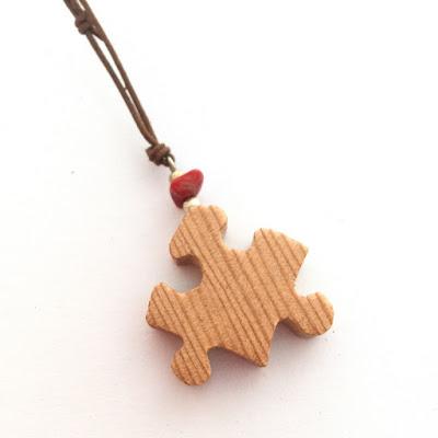 colgante puzzle madera de pino
