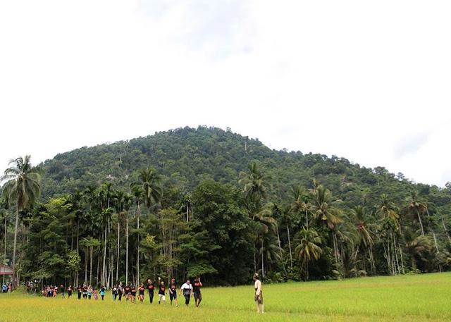 Pemandangan di Kampung Labu Kubong