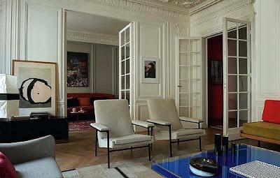 Yves Klein cocktail table via belle vivir blog