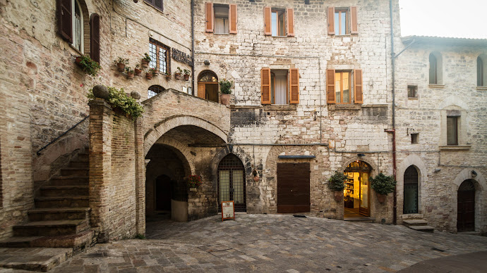 Wallpaper: Buildings and Architecture from Assisi