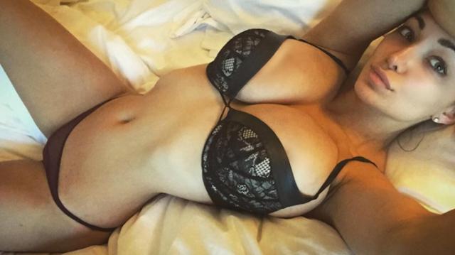 Hot girls Lindsey Pelas sexy big butt Playboy model 7