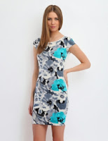 Rochie mini cu imprimeu floral pe fata