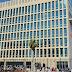 """Estados Unidos retira más de la mitad del personal de su embajada en Cuba y cancela emisión de visas de forma indefinida por """"ataques"""" contra sus diplomáticos"""