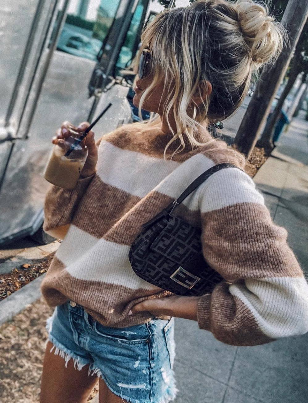 cozy fall outfit / striped sweater + bag + denim shorts